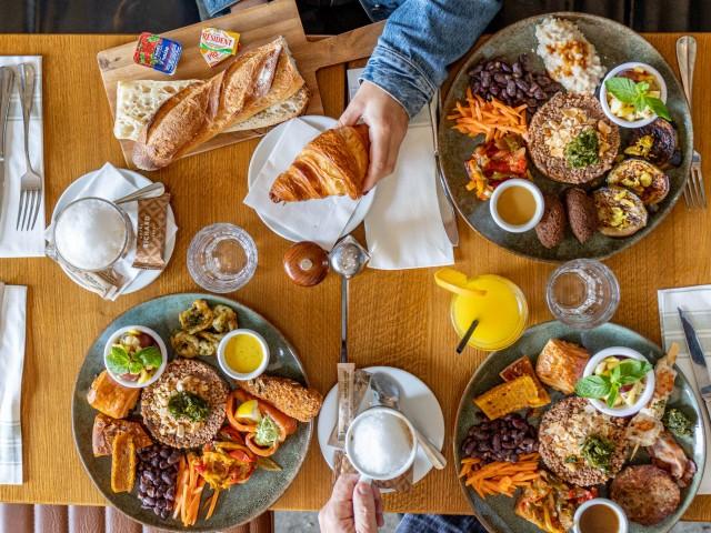 Loui's Corner Les 3 brunchs & la formule petit déjeuner